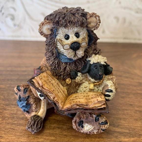 Boyds Bears & Friends Caledonia as The Narrator